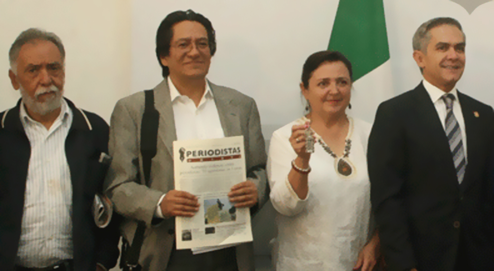 Premian a la Presidenta de la CDP, Judith Calderón Gómez, con la medalla Omecíhuatl 2016